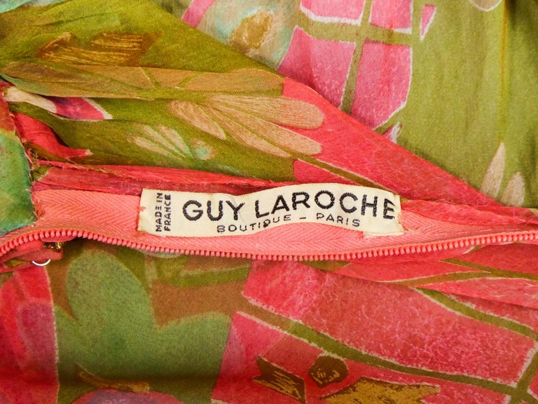 A Guy Laroche Set in Printed Silk Crepe Circa 1965 In Excellent Condition For Sale In Toulon, FR