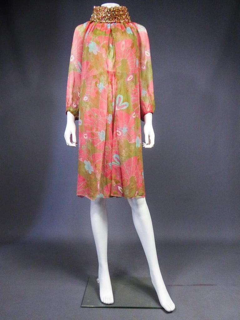 A Guy Laroche Set in Printed Silk Crepe Circa 1965 For Sale 2