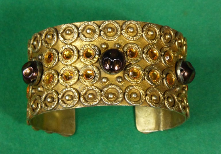 A Henry Perichon Bracelet in Brass and Pearlsfor Haute Couture Circa 1960 For Sale 3