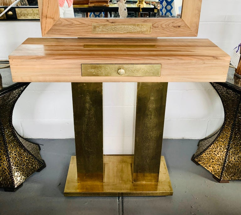 Hollywood Regency Style Brass and Walnut Mirror and Console Table Set For Sale 2