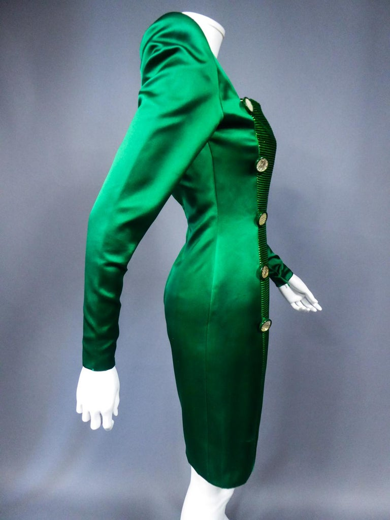 A Hubert de Givenchy Catwalk Dress in Satin and Lamé Velvet Circa 1985 For Sale 10