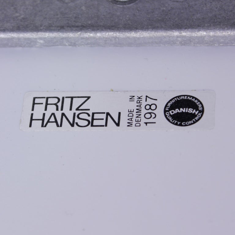 A. Jacobsen, B. Mathsson, P. Hein, Circular Dining Table, Fritz Hansen, 1987 3