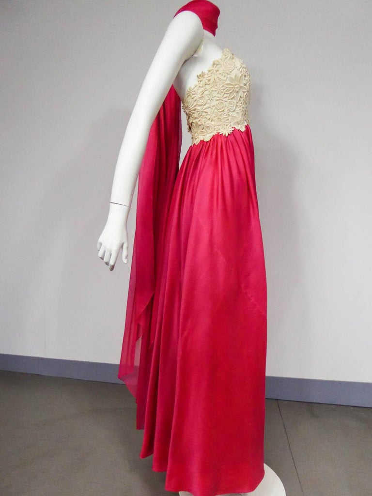 Women's A Jacques Griffe French Couture Evening Dress in Muslin and Lace Circa 1958 For Sale