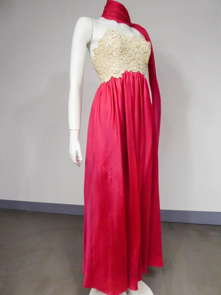 A Jacques Griffe French Couture Evening Dress in Muslin and Lace Circa 1958 For Sale 4