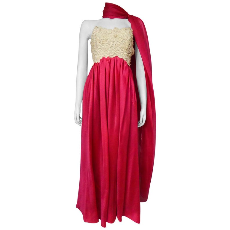 A Jacques Griffe French Couture Evening Dress in Muslin and Lace Circa 1958 For Sale