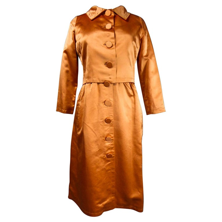 A Jacques Heim French Couture Mandarin Satin Silk Set Circa 1950/1960 For Sale