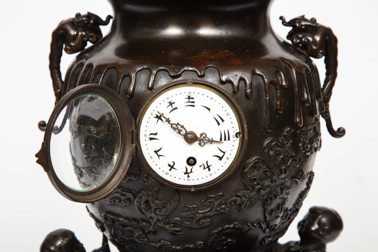 Japanese Patinated Bronze Figural Clock Vase, Meiji Period For Sale 2