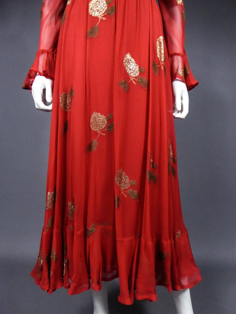 A Jean Patou French Couture Dress Numbered 98427 in Lamé Crepe Collection 1974 For Sale 2