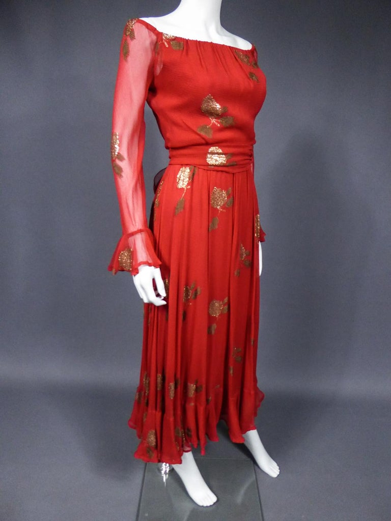 A Jean Patou French Couture Dress Numbered 98427 in Lamé Crepe Collection 1974 For Sale 3