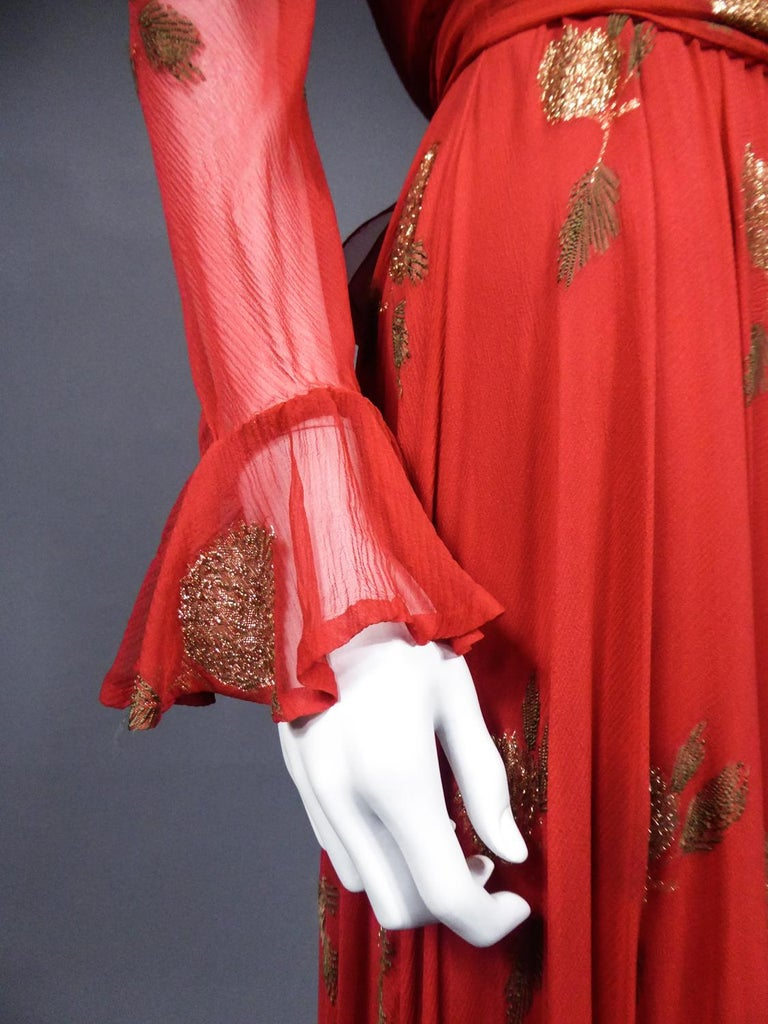 A Jean Patou French Couture Dress Numbered 98427 in Lamé Crepe Collection 1974 For Sale 4