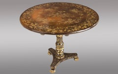 A lacquered colonial pedestal Table. First quarter 19th. Century