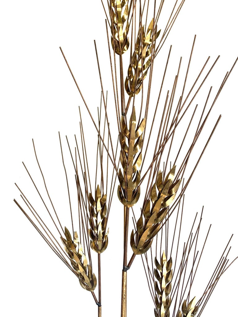 Large 1970s Curtis Jere Floor Standing Brass and Metal Wheat Sheaf Sculpture In Good Condition For Sale In London, GB