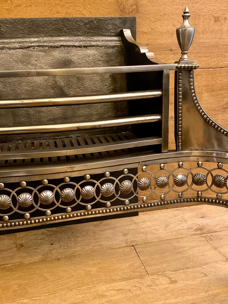Large Antique Late 19th Century Polished Steel Fire Grate In Good Condition For Sale In London, GB