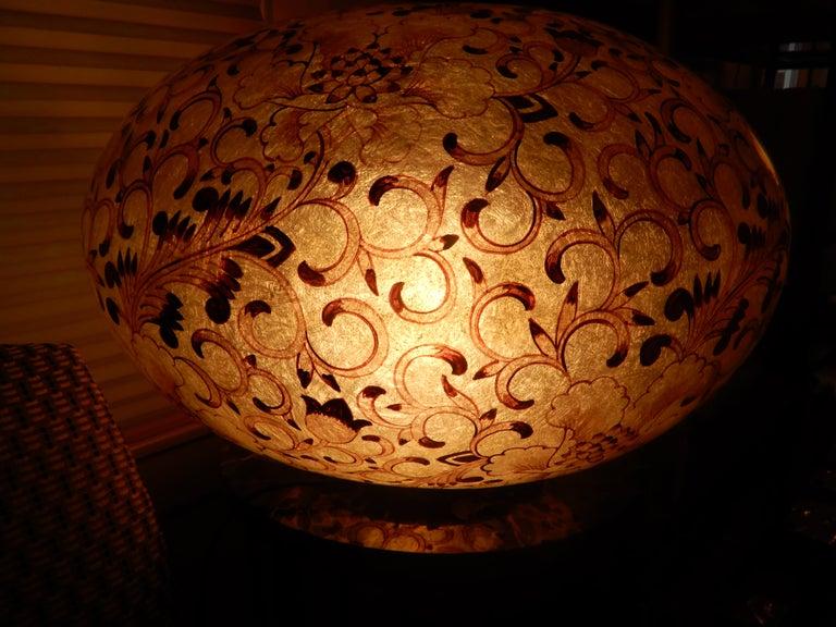 Italian Large Artisan Lucite Mid century Venetian  Globe Shaped Lamp For Sale