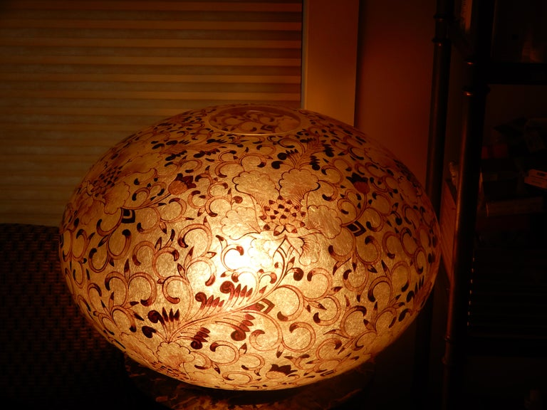 Hand-Crafted Large Artisan Lucite Mid century Venetian  Globe Shaped Lamp For Sale