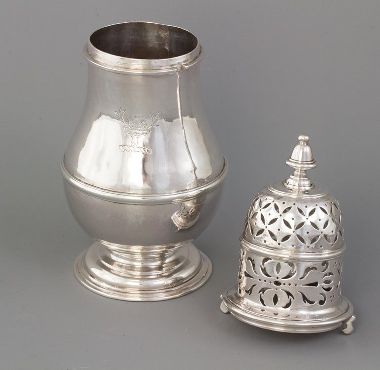 Early 18th Century Large Britannia Silver Queen Anne Sugar Caster, London 1706/7 For Sale