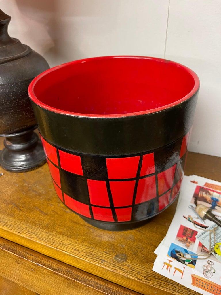 Modern Large Ceramic Pot Cover For Sale