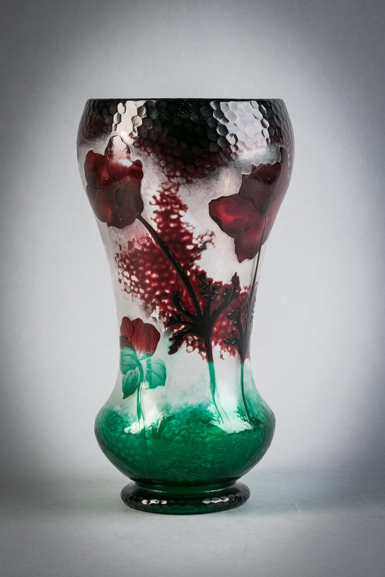 Large Daum Nancy Cameo Vase, circa 1900 In Good Condition For Sale In New York, NY