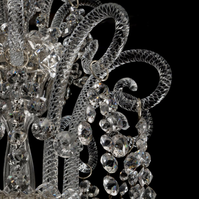 Large George III Style Cut-Glass Twenty-Light Chandelier, circa 1910 In Good Condition For Sale In London, GB
