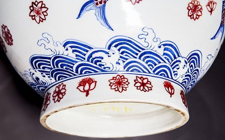 20th Century Large Japanese Imari Vase For Sale