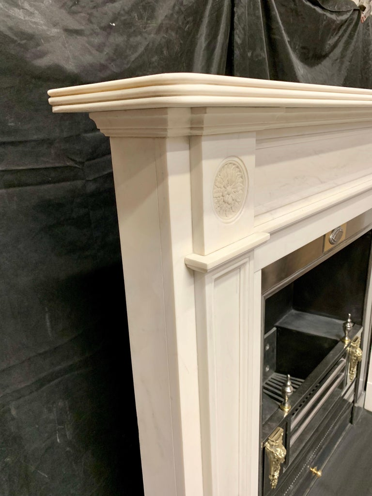 Large Regency Style Carved Statuary Marble Fireplace Surround For Sale 5