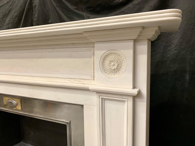 Large Regency Style Carved Statuary Marble Fireplace Surround For Sale 1