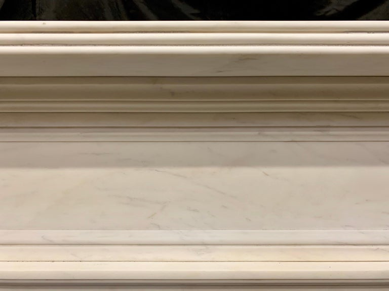 Large Regency Style Carved Statuary Marble Fireplace Surround For Sale 3