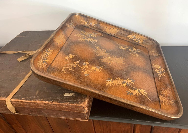 Large Vintage Japanese Maki-e Lacquer Kimono Tray For Sale 9