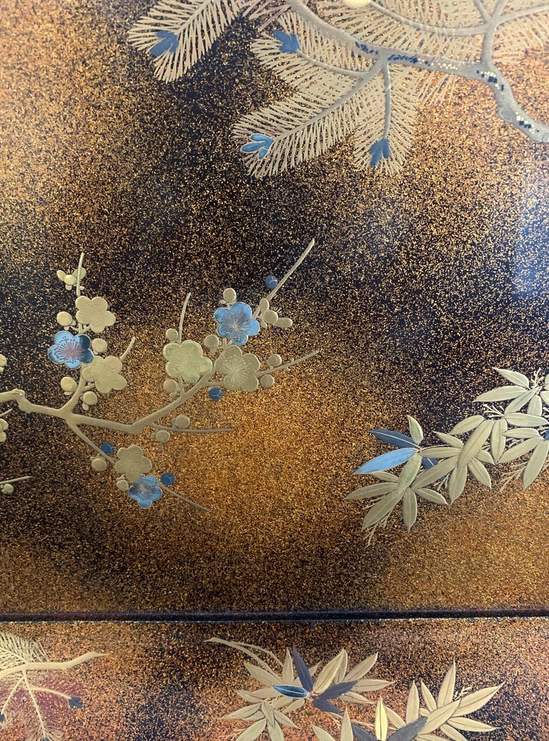 Large Vintage Japanese Maki-e Lacquer Kimono Tray For Sale 3