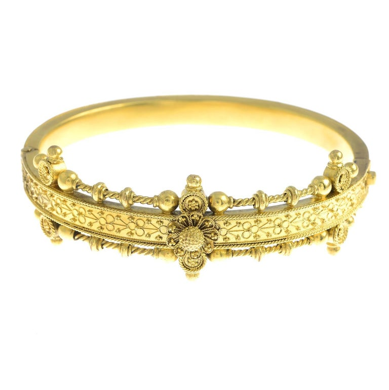 Victorian Late 19th Century Gold Hinged Bangle For Sale