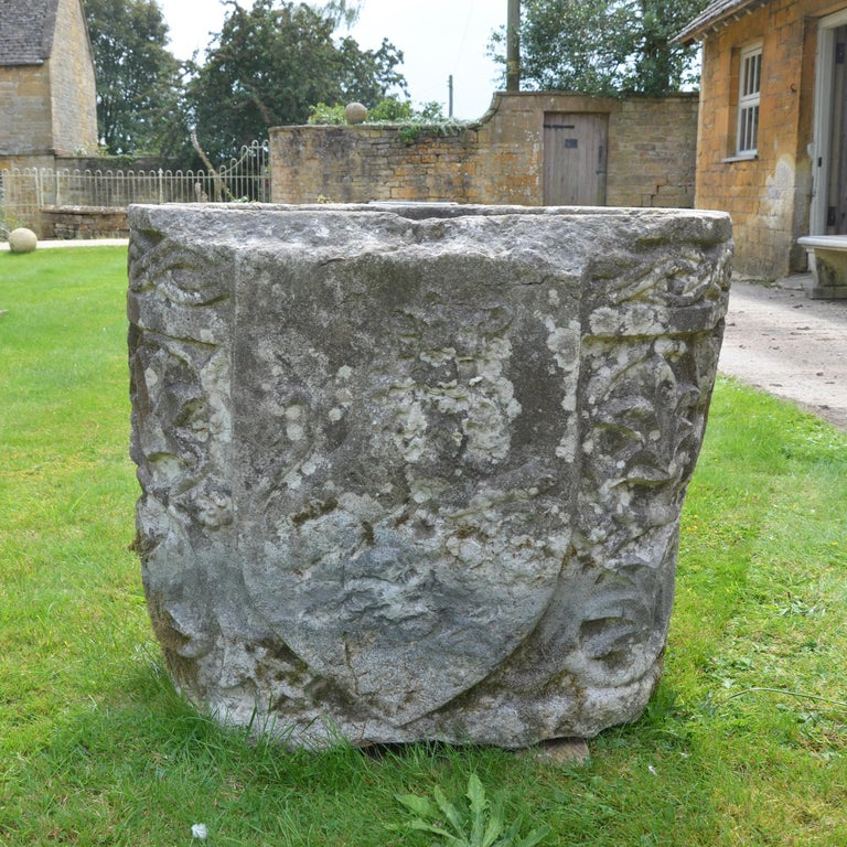 Late 19th Century Istrian Stone Planter of Irregular Form For Sale 2