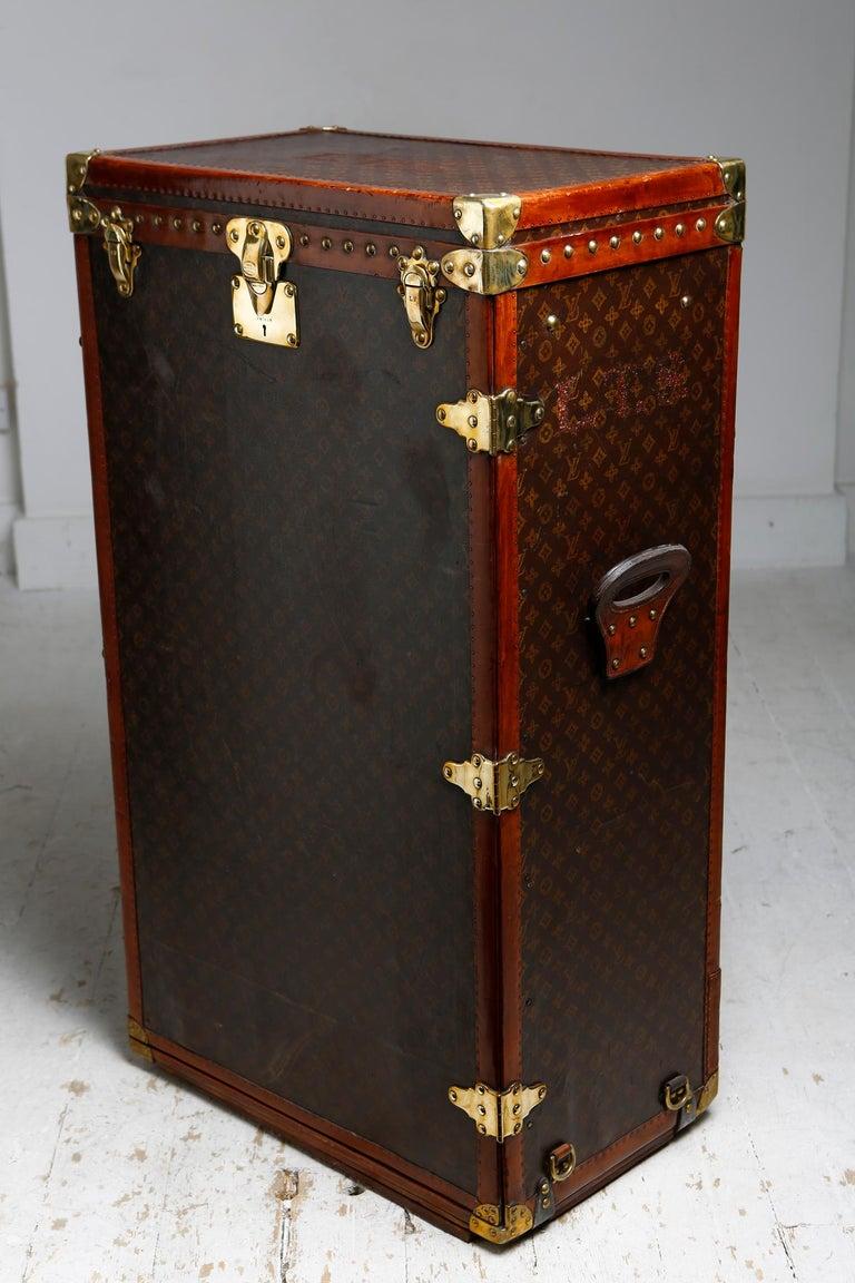 Louis Vuitton Shoe Secretaire, circa 1920 For Sale 2