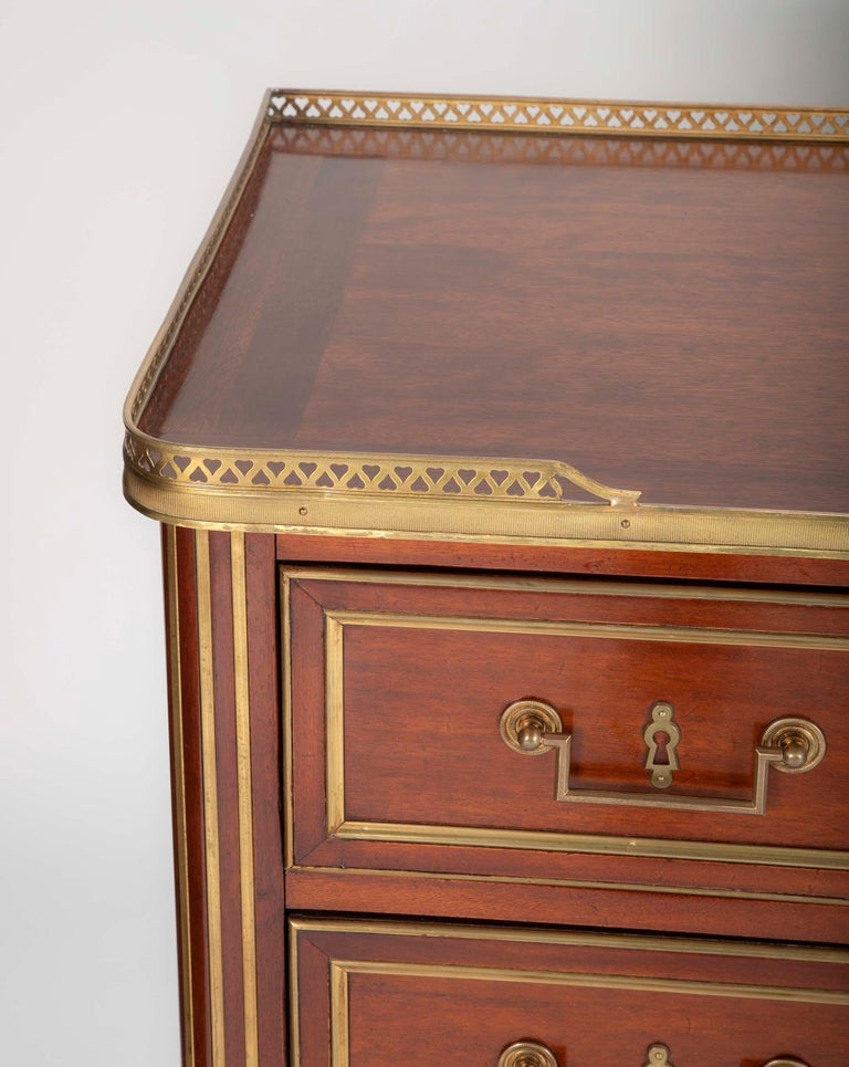 Louis XVI Style Mahogany Chest of Drawers For Sale 12