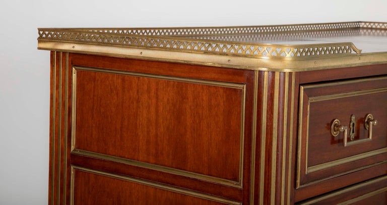 Louis XVI Style Mahogany Chest of Drawers For Sale 15