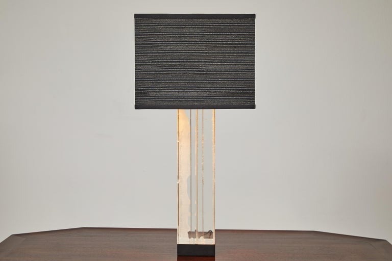 Mid-Century Modern Lucite Table Lamp by Billy Haines For Sale