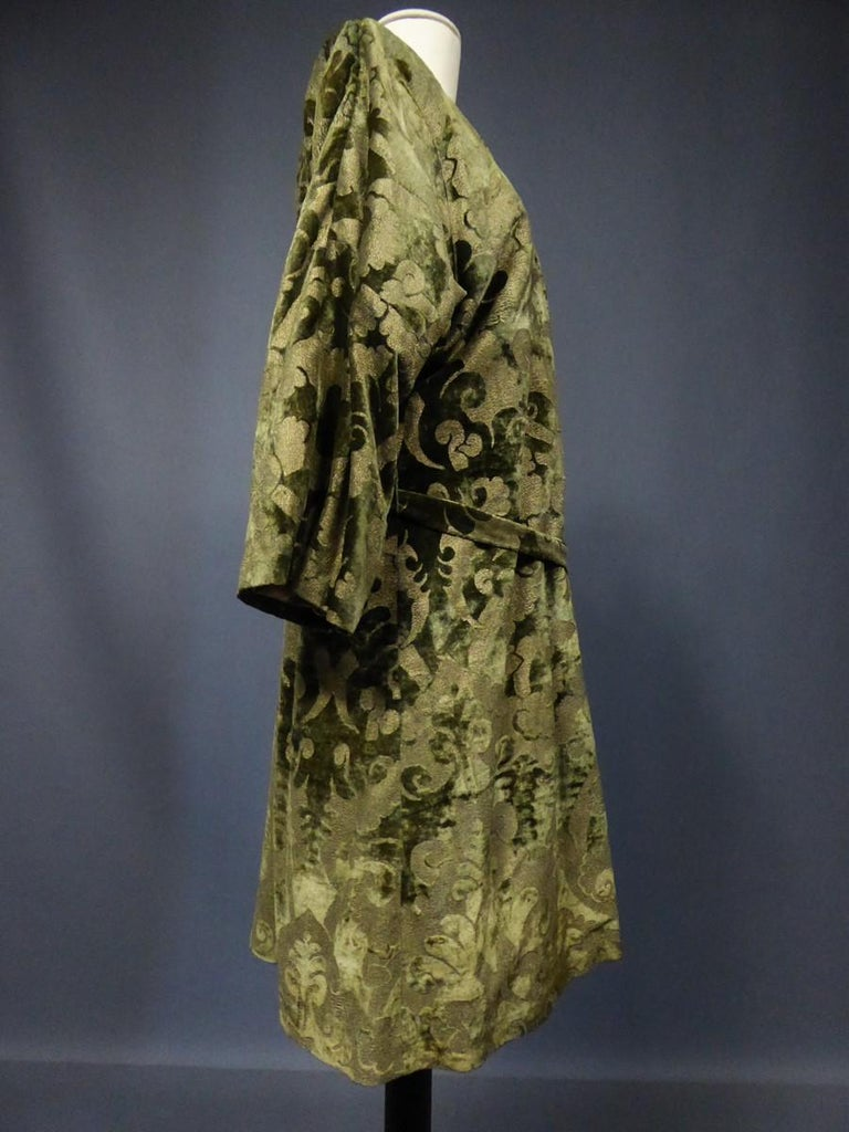A Mariano Fortuny Gold Printed Velvet Evening Coat Italy Circa 1915/1925 For Sale 1