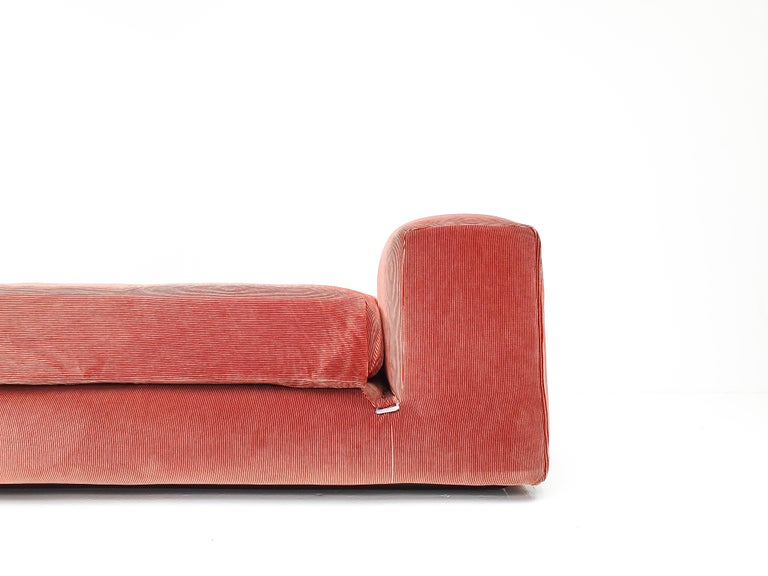 Mid-Century Modern Mario Bellini 'Le Mura' Daybed, Designed in 1972 for Cassina, Italy For Sale