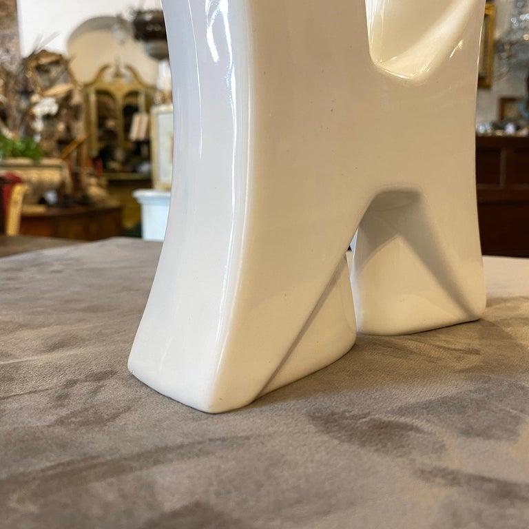 Modern Memphis Style White Ceramic Vase by Roberto Rigon, circa 1980