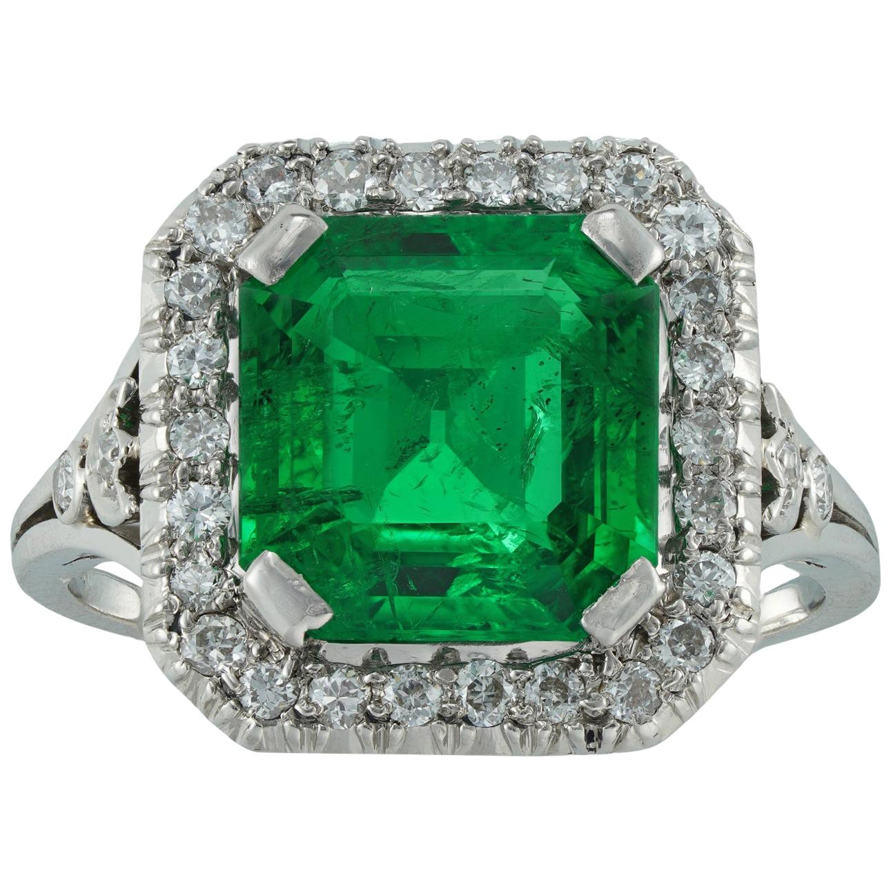 Vintage GCS Certified 2.84 Carat Columbian Emerald and Diamond Cluster Ring