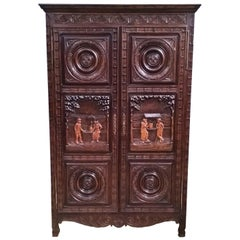 Mid-20th Century French Oak Armoire Originating from the Region of Brittany