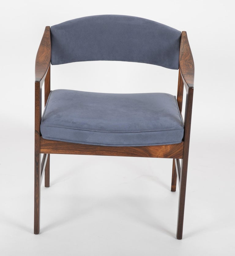 Mid-Century Modern Danish Rosewood Desk Chair In Good Condition For Sale In Stamford, CT