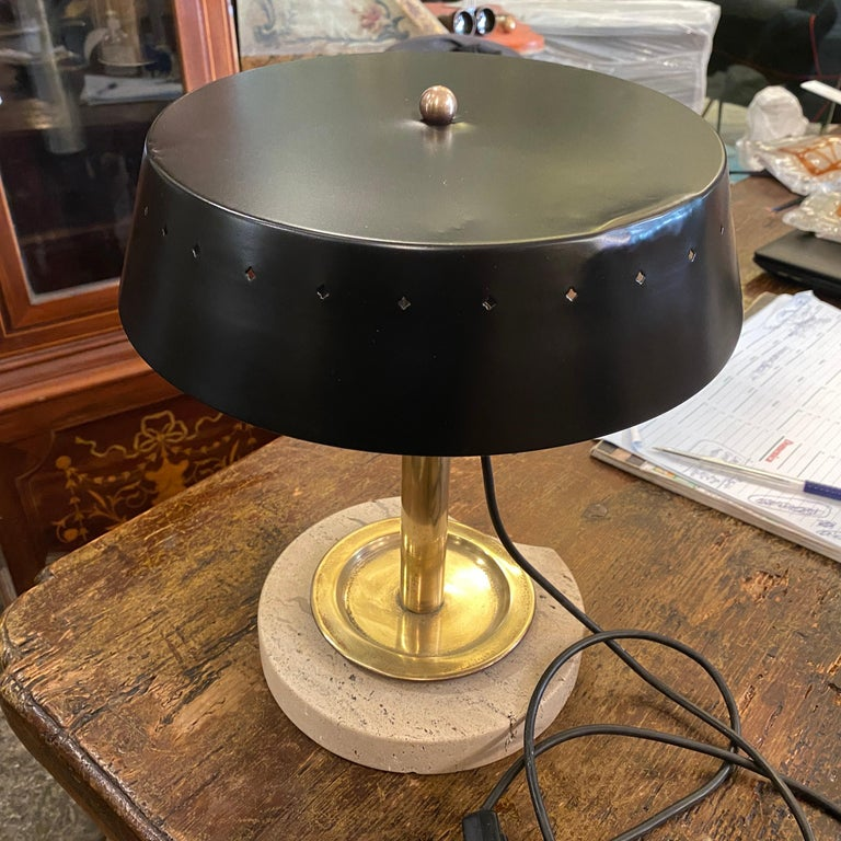 Mid-Century Modern Travertino and Brass Italian Table Lamp, 1960s For Sale 7