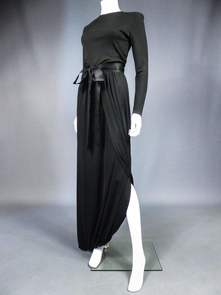A Miss Dior Evening Dress by Philippe Guibourgé Circa 1970 In Good Condition For Sale In Toulon, FR