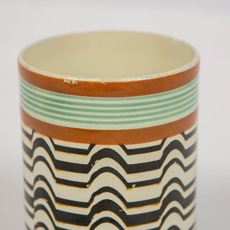 Folk Art Mochaware Mug Made by J.& R Clews at the Cobridge Factory, England, circa 1820 For Sale