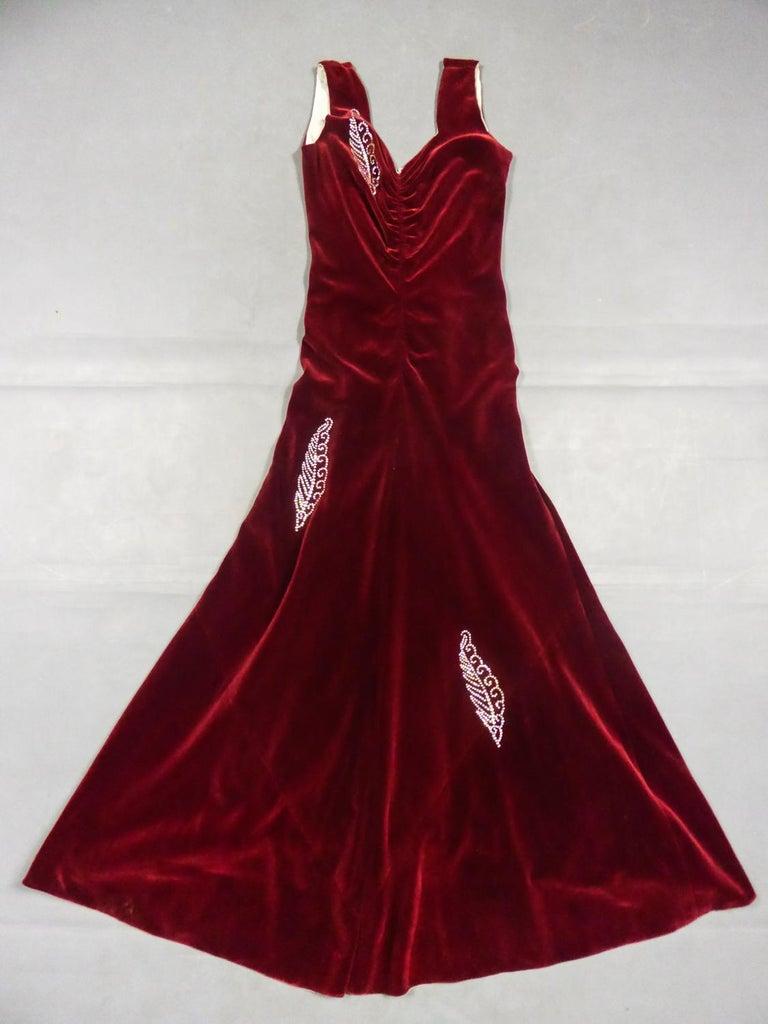 A Nicole Groult / Paul Poiret Evening Dress in Velvet and Rhinestones Circa 1935 For Sale 6