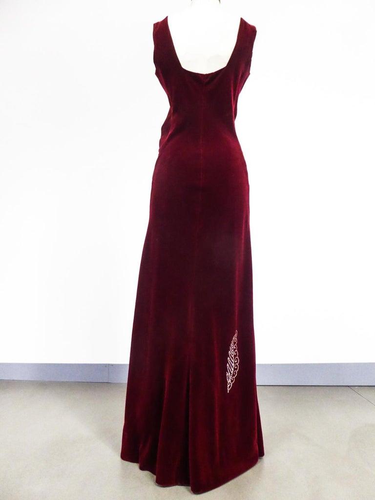 A Nicole Groult / Paul Poiret Evening Dress in Velvet and Rhinestones Circa 1935 For Sale 3