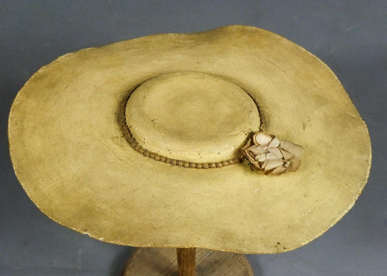 A Painted Straw Bergère or Milkmaid's Hat - Europe Circa 1730-1780 For Sale 6