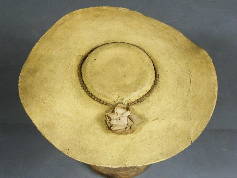 A Painted Straw Bergère or Milkmaid's Hat - Europe Circa 1730-1780 For Sale 10