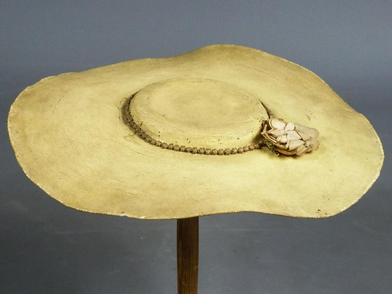 A Painted Straw Bergère or Milkmaid's Hat - Europe Circa 1730-1780 For Sale 3