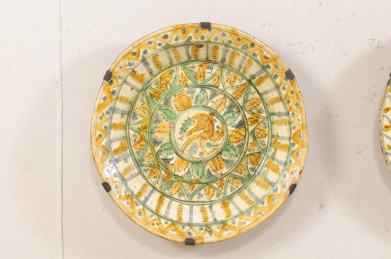 Glazed Pair of 18th Century Spanish Majolica Platters, Bird & Leaf Motif in Jewel Tones For Sale